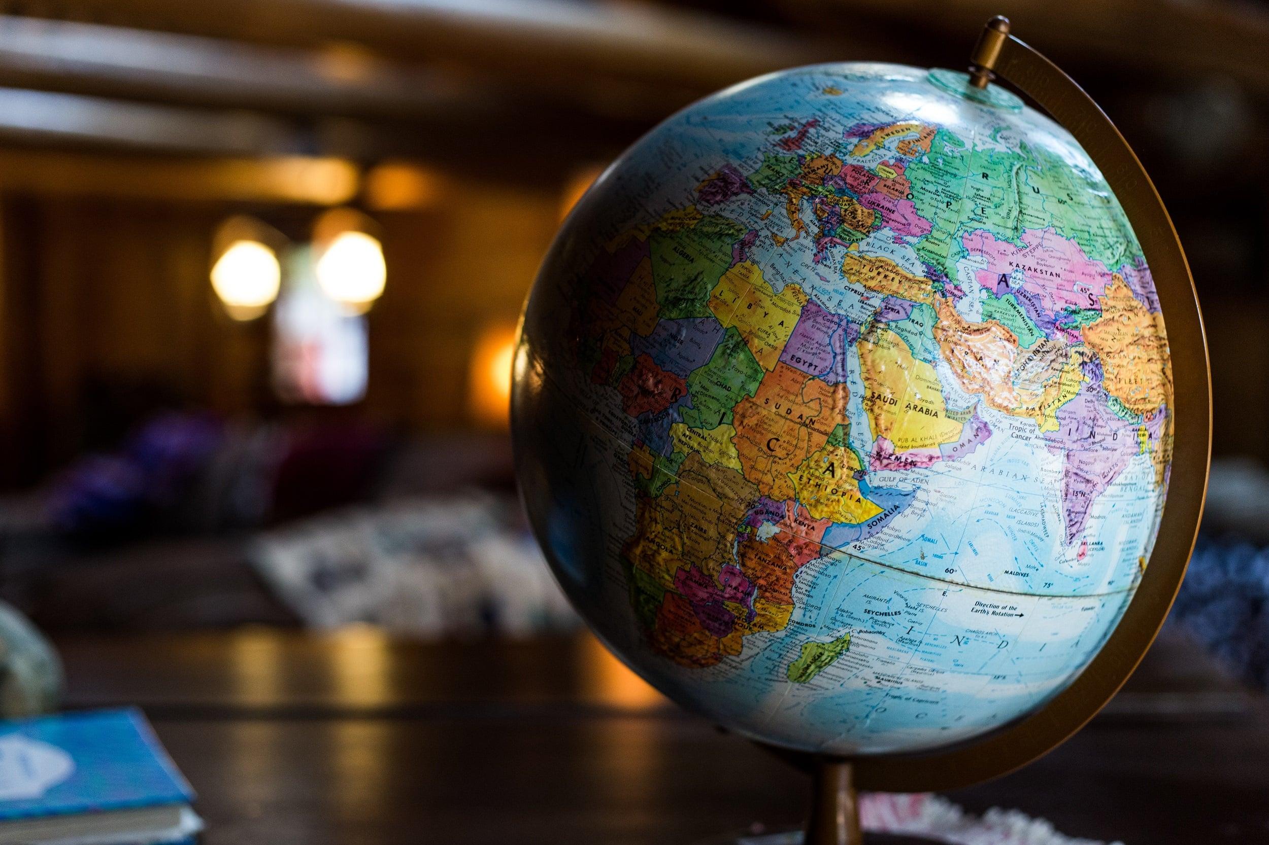 7 moduri in care poti ajuta economia pe durata pandemiei